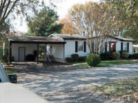 photo for 301 Meadowbrook Ct