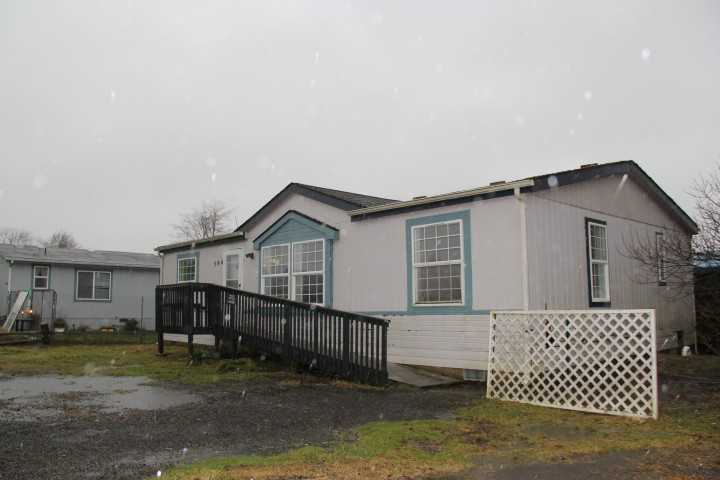 584 Duck Lake Dr Ne, Ocean Shores, Washington  Main Image